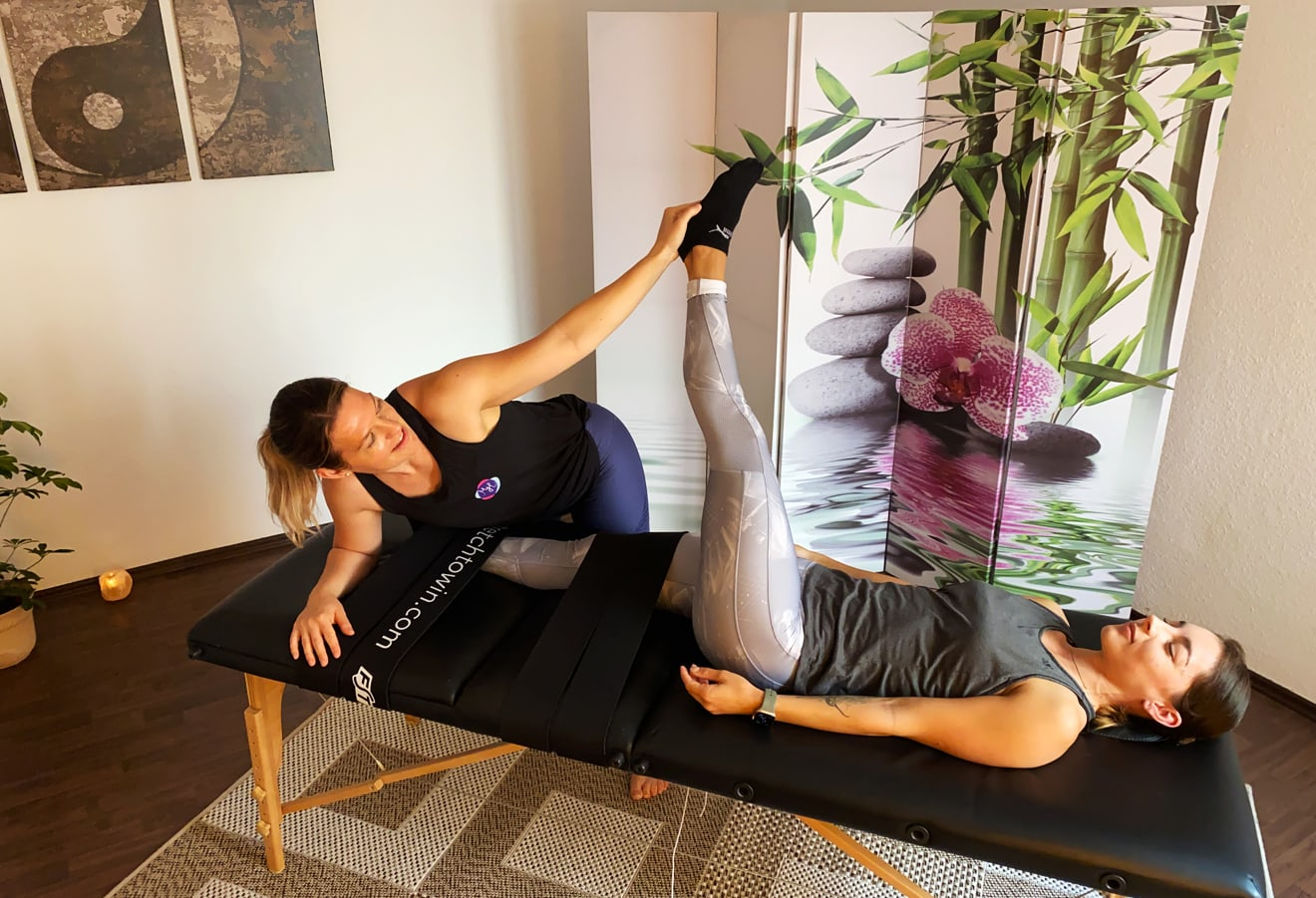 Fasziales Stretching des Oberkörpers - Melanie Heilemann Stuttgart